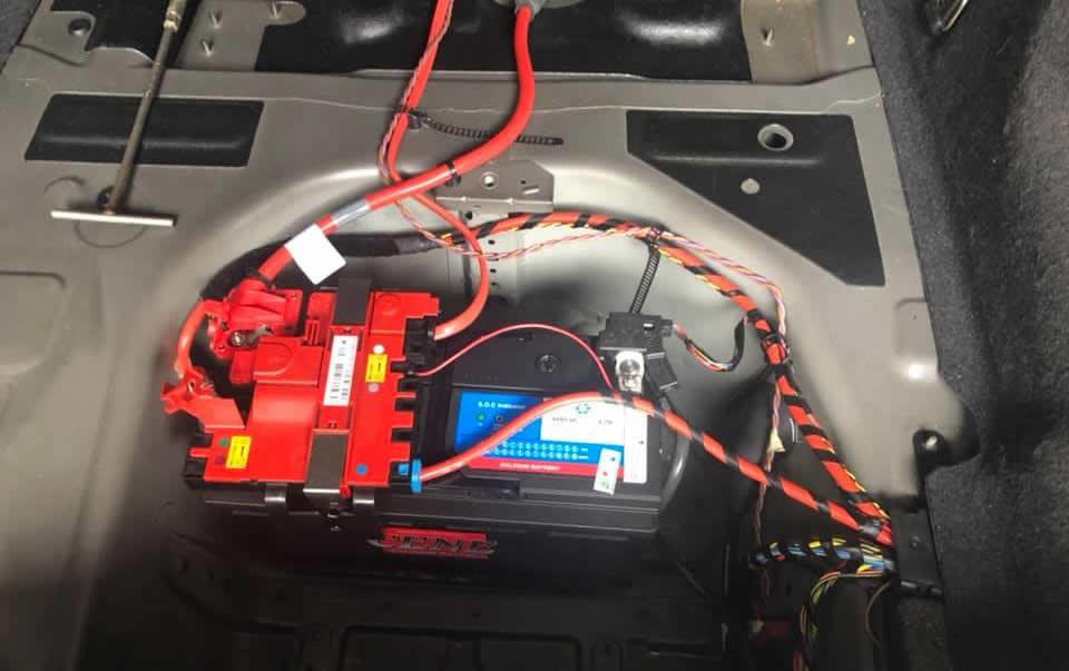 Bình ắc quy BMW 520i